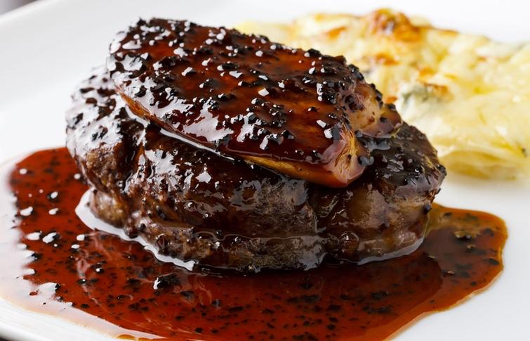 牛ヒレ肉とフォアグラ